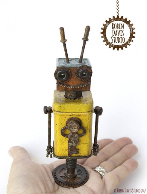 Mini Retro Robot by Robin Davis Studio
