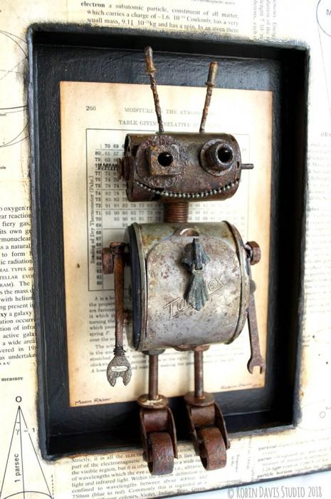 Retro Robot Sculpure